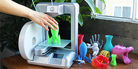 Small 3D printer printing colorful toys l 3D Printing